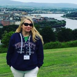 Kristín segir frá sögu Derry á Norður Írlandi í einni af kórferðunum
